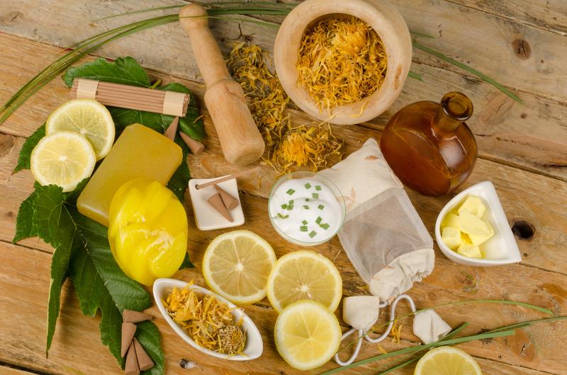 cosmetique bio et maquillage bio pour votre beauté naturelle présentée sur aromatic-provence.com